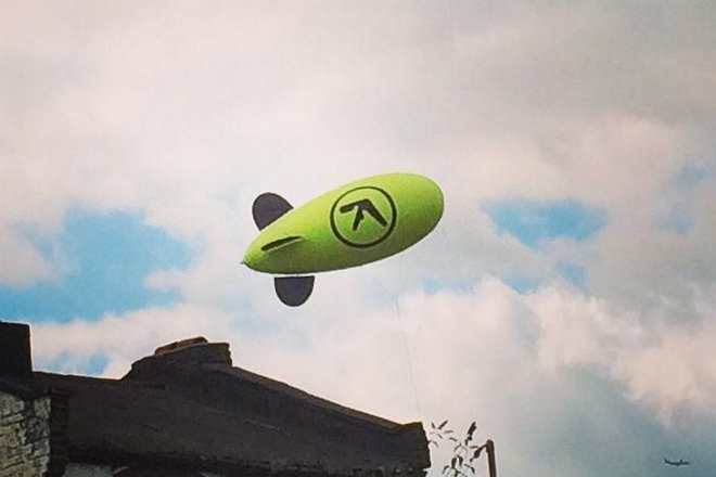 Aphex Twin Blimp Appears And Details Of New Album SYRO